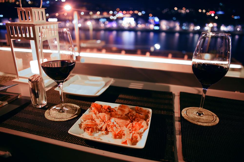 Porto oh really wine quay bar