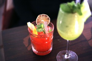 5 bars à cocktails parisiens de qualité à la déco inspirante