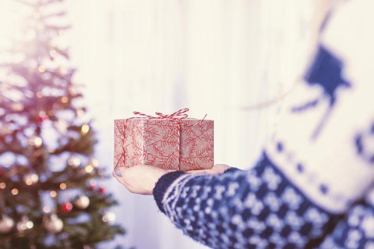 Cadeaux de Noël: 6 créations à déposer au pied du sapin