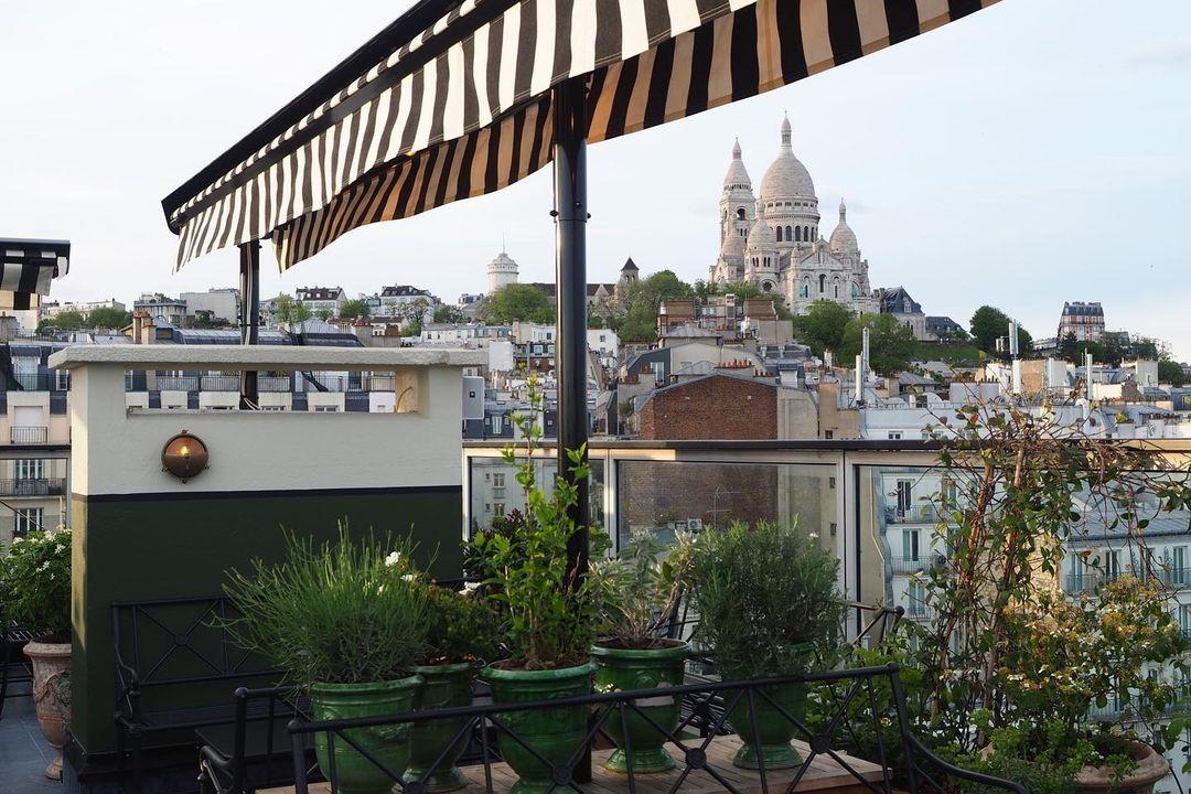 rooftops paris cocktail