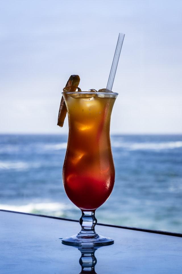 4 cocktails de caractère pour célébrer l'été